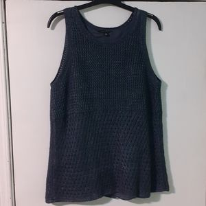 Ann Taylor Designer 💯%Linen Knit Eyelet blouse